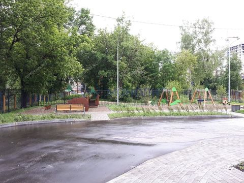 1-komnatnaya-ul-profinterna-d-26 фото