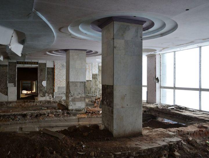 Прощание сгостиницей «Россия»: как выглядит легендарное здание изнутри