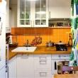 10 практичных идей для хранения вещей на кухне